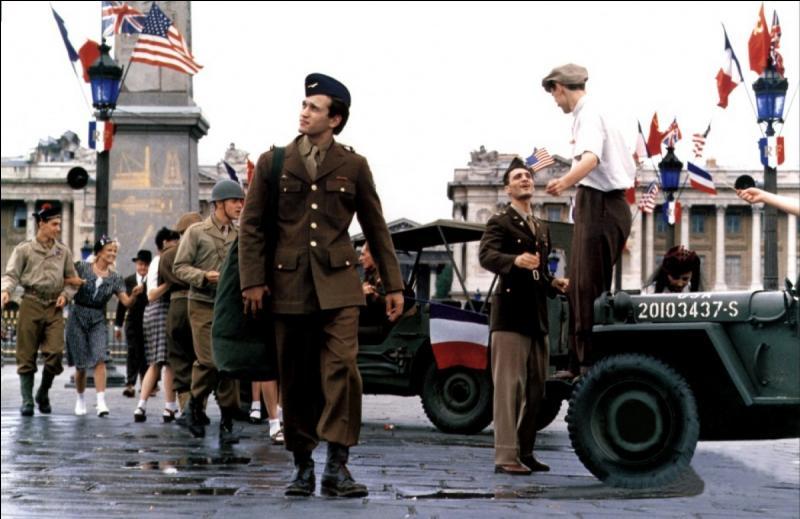 """Dans le film """"La Neige et le Feu"""", de quel régiment de l'armée française voit-on la création ?"""