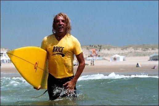 """Dans le film """"Brice de Nice"""", de quelle plage Jean Dujardin est-il l'unique surfeur ?"""
