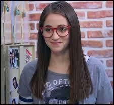 Cette jeune fille dont les parents sont séparés étudie dans la même école argentine que Luna et elle deviendra très vite son amie. Elle s'appelle...