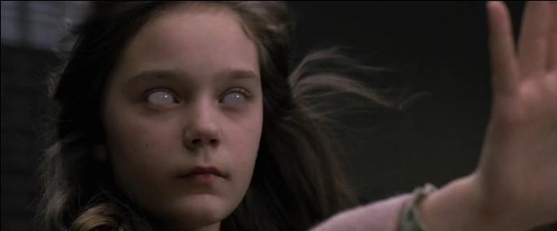 Dans la série Supernatural, par qui Lilith se fait-elle transformer en démon ?