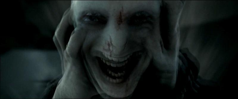 Auteur de plusieurs génocides, Voldemort ne fait pas que tuer, il aime aussi torturer les gens. Avec quelle formule ?