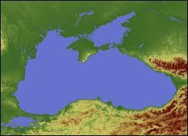 Laquelle de ces mers borde la Géorgie ?