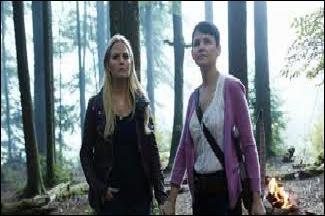 """Dans quelle saison Emma dit : """"Mais ça ne change rien à ce que tu es."""" (Snow White : """"Qu'est-ce que je suis ?"""" / Emma : """"Tu es ma mère, voyons."""")"""
