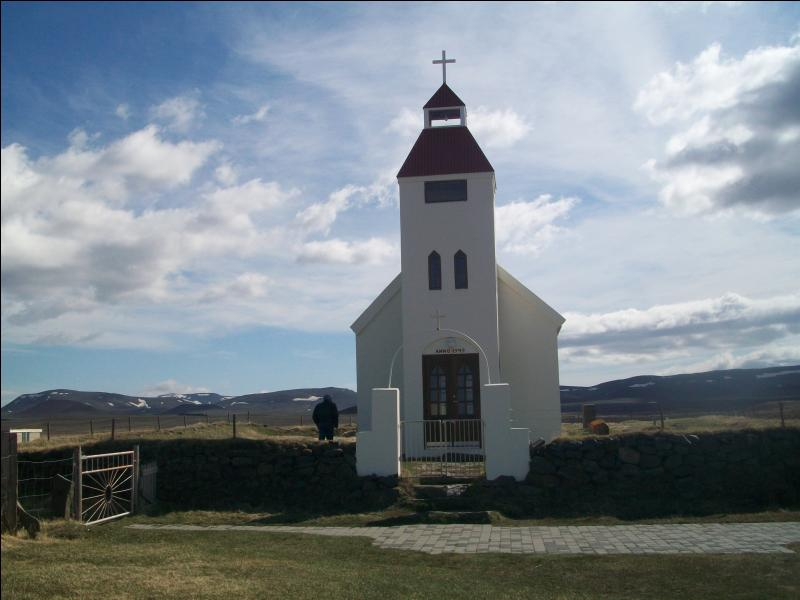 Quelle est la religion majoritaire, et même officielle, en Islande ?