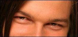 Ces yeux sont ceux de...