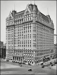 Le Plaza Hotel, situé à New York, apparaît dans un film, lequel ?