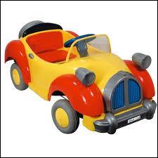 Qui conduit ce taxi jaune et rouge ?