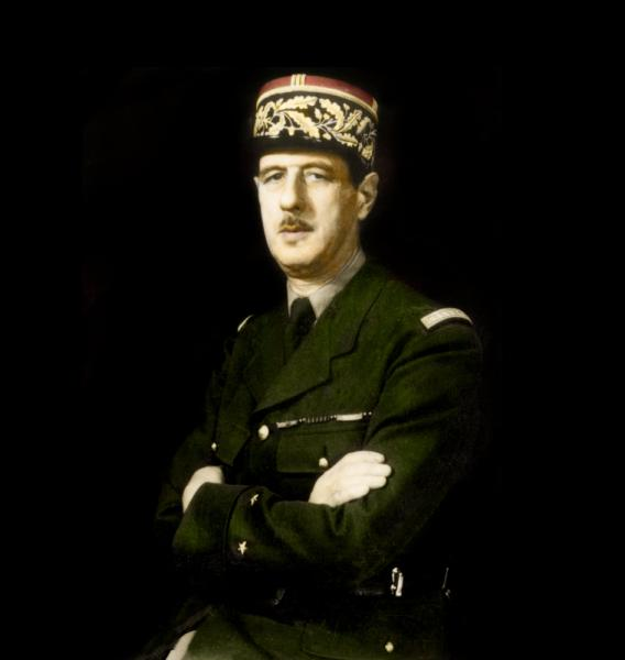 Ce passage à une dimension supranationale n'est pas du goût de tout le monde. Le Général de Gaulle, souverainiste convaincu, s'y oppose fermement. En ce sens, quelle décision prend-il par exemple en 1963 ?