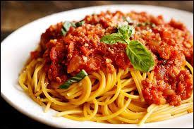 Parmi ces recettes de pâtes, dans laquelle trouverez-vous de la tomate ?