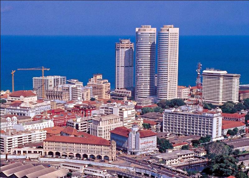 Quelle est la capitale économique du Sri Lanka (Ceylan) ?