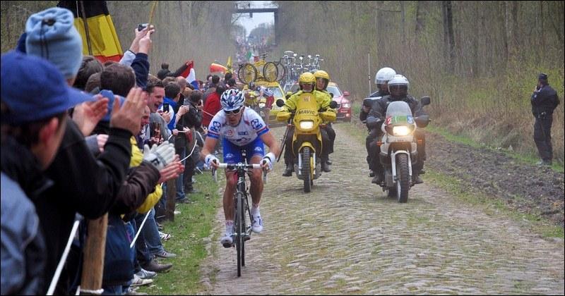 J'accueille « Paris-Roubaix » dans ma célèbre tranchée. La mine me reste très attachée. Je suis :