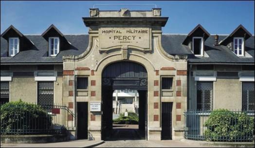 C'est dans ma ville, à l'hôpital Antoine-Béclère, que naquit le premier bébé-éprouvette de France, Amandine, le 24 février 1982. Je suis :