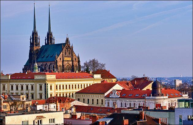 Dans quel pays se trouve Brno ?