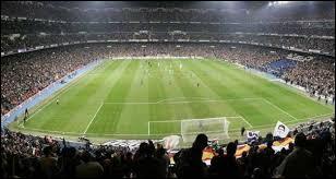 Combien de joueurs y a-t-il sur un terrain de football ?