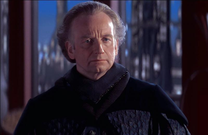 Qui fut d'abord sénateur, puis chancelier et enfin empereur ?