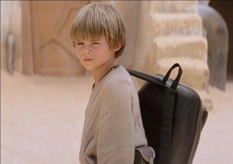 Dans la menace fantôme, Anakin Skywalker a construit :
