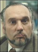 Acteur de théâtre qui connut une carrière au cinéma sur le tard en jouant pour Bertrand Blier, notamment. Je suis ?