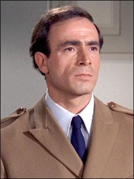 Acteur italien qui jouait souvent les truands dans nombre de films français comme des comédies au 1er rang desquelles on trouve le corniaud ou les tontons flingueurs... Je suis ?