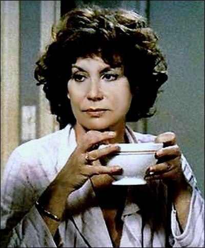 Elle fut une actrice au répertoire très riche, je suis ?