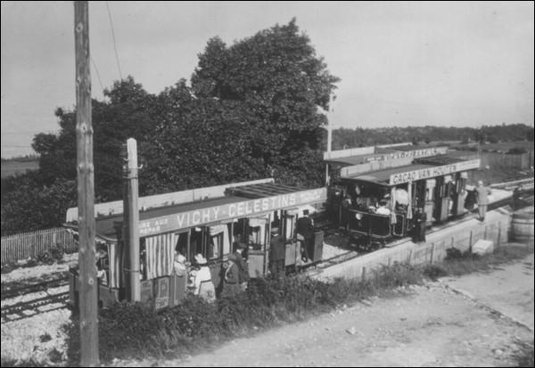 Quel était le point d'arrivée du chemin de fer électrique à crémaillère ouvert en 1892 ?