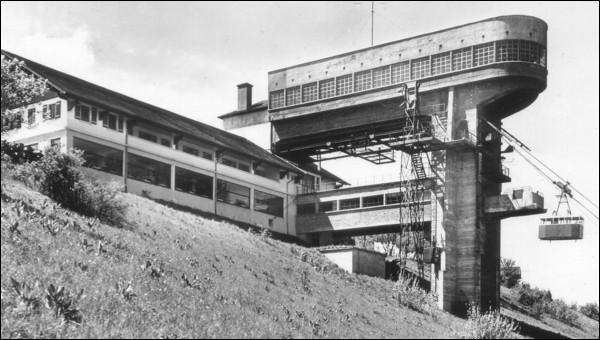 En quelle année le téléphérique du Salève est-il inauguré ?