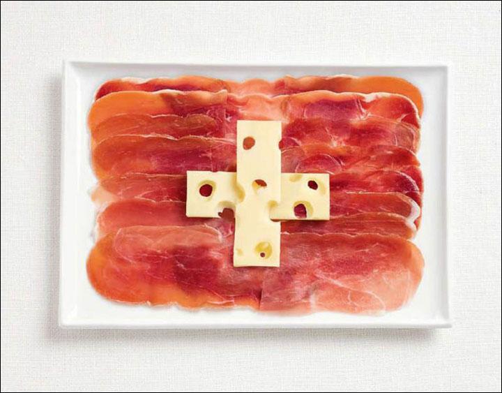 Une croix de gruyère et du jambon cru. C'est délicieux et ça représente bien...