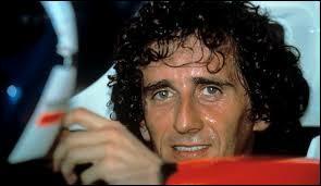 Lequel de ces surnoms fut attribué à Alain Prost, l'un des plus grands pilotes de l'histoire de la Formule 1 ?