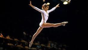 Nadia Comaneci est une célèbre gymnaste roumaine, ayant marqué les Jeux olympiques d'été en 1976. Agée seulement de 14 ans à l'époque, elle fut la première gymnaste de l'histoire à obtenir la note parfaite de 10. Dans quelle ville se sont déroulés ces Jeux olympiques de 1976 ?