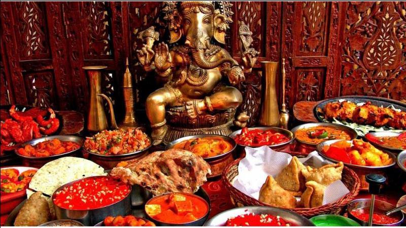 Les Indiens (d'Inde) sont réputés pour leur cuisine épicée. Quelle viande consomment-ils le plus ?