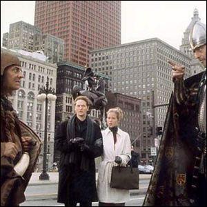 """En quelle année est sorti le film """"Les Visiteurs en Amérique"""", le remake américain du film """"Les Visiteurs"""" ?"""