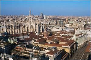 MILAN - Située au milieu de la plaine du Pô, Milan est la capitale de la région...