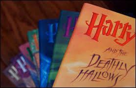 Au départ, les producteurs voulaient combiner deux ou trois livres dans un seul film.
