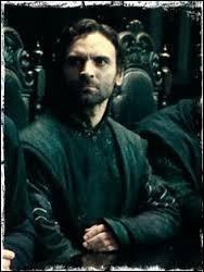"""Dolohov est le nom d'un des personnages mineurs du roman """"Guerre et Paix"""" de Léon Tolstoï."""