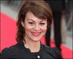 Helen McCrory devait jouer le rôle du professeur Trelawney.