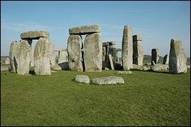 Cette fois-ci, le monument se trouve en Angleterre.C'est...