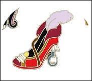 J'ai de nouvelles chaussures pour attraper Peter Pan.Qui suis-je ?