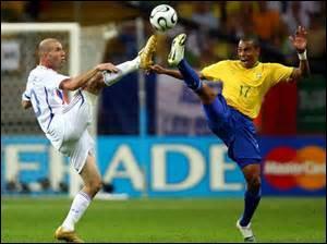 COUPE DU MONDE 2006 - Avant d'aller en finale, la France croise (encore) le Brésil sur sa route, en quart de finale. Quel joueur marque le but de la victoire française ?