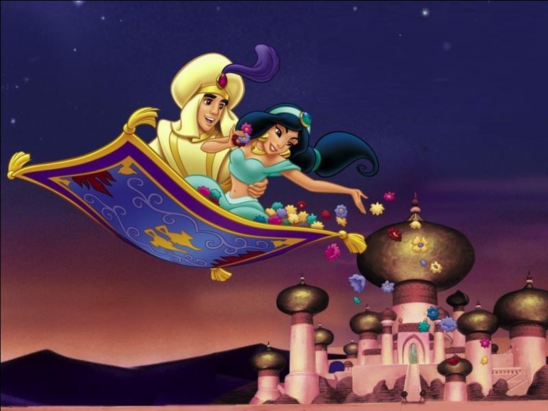 Où Aladdin arrive-t-il pour emmener Jasmine faire une promenade en tapis volant ?