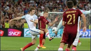 Lors du quatrième match, quel était le score final entre l'Angleterre et la Russie ?