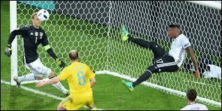 Le septième match se déroula entre l'Allemagne et l'Ukraine. Qui remporta ce match avec un score raisonnable de 2-0 ?