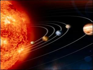 Quel nom donne-t-on à la planète Vénus lorsqu'on la voit briller le soir après le coucher du Soleil ?