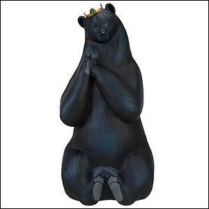 Quel aliment ensorcelé mange la maman de Merida avant d'être changée en ours ?