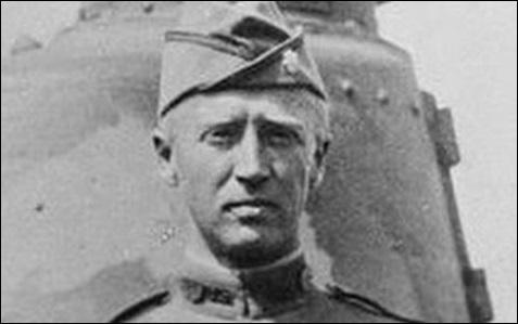 Comment se nomme l'officier américain, combattant en France dès 1916, qui devint ultra célèbre lors de la Seconde Guerre mondiale ?