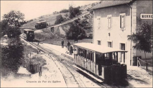Combien de lignes comportait le chemin de fer du Salève ?