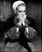 Raymond Rouleau a réalisé ce film d'après une pièce historique d'Arthur Miller, avec le couple Simone Signoret/Yves Montand...