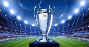 Lequel de ces clubs a réussi à gagner 5 fois de suite la Ligue des champions ?