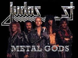 Ce mythique groupe de heavy metal britannique, fondé à la fin des années 60, mené par le magistral vocaliste Rob Halford, se nomme Judas ... .