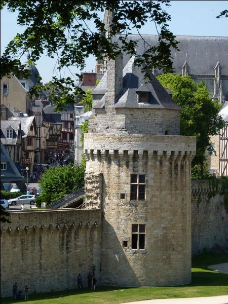 M - Le code INSEE du Morbihan est 56.
