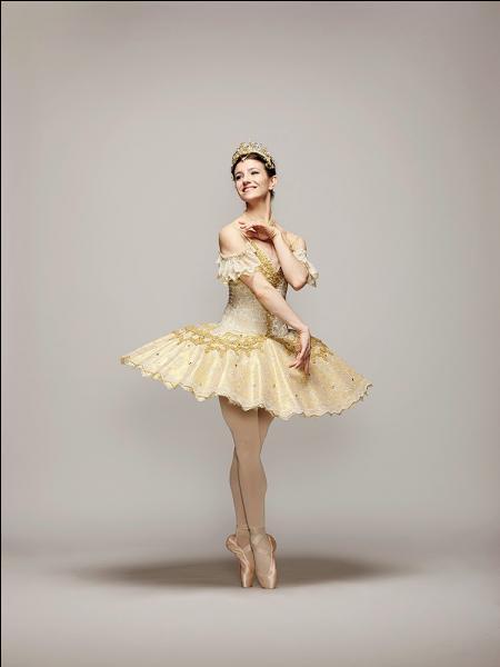 Avant de se tourner vers la danse classique, elle faisait de...