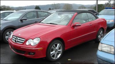 A qui appartient cette voiture ?